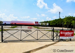 CubeSmart Self Storage - TN Memphis - Stage Road - Photo 6