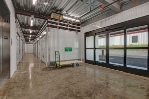 Image of Mini Storage Depot - Bardstown Facility on 4401 Bardstown Road  in Louisville, KY - View 2