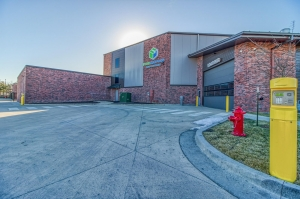 Image of StorTropolis - Blue Springs Facility on 3140 Northwest Jefferson Street  in Blue Springs, MO - View 2