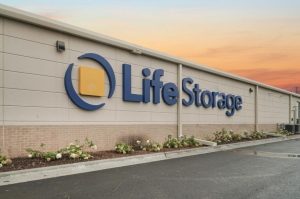 Life Storage - New Lenox - 1991 West Haven Avenue - Photo 8
