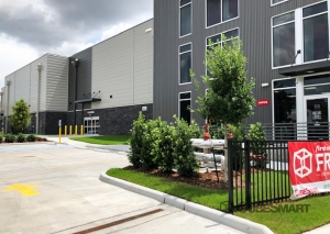 CubeSmart Self Storage - LA New Orleans Perdido Street - Photo 1