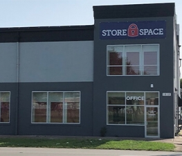 Image of Store Space Self Storage - #1035 Facility at 1612 West Broadway  Louisville, KY