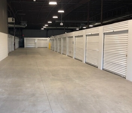 Image of Store Space Self Storage - #1035 Facility on 1612 West Broadway  in Louisville, KY - View 4