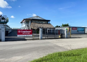 Storage Units at CubeSmart Self Storage - FL Fort Myers Chitwood Drive SW - 11591 Chitwood Dr SW