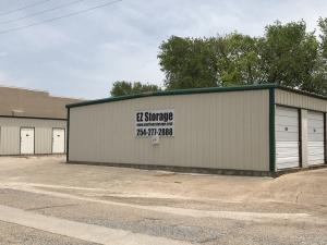 EZ Storage - Photo 2