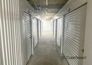 Image of CubeSmart Self Storage - WI Milwaukee Wisconsin Avenue Facility on 3742 West Wisconsin Avenue  in Milwaukee, WI - View 4
