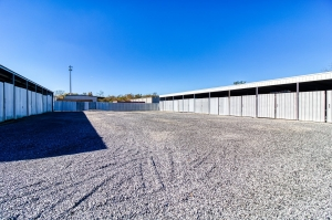 Appletree Storage - Gonzales - Photo 9