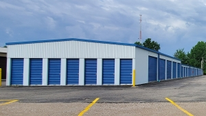 Image of Storage King USA - 057 - Willoughby, OH - Euclid Ave Facility on 33579 Euclid Avenue  in Willoughby, OH - View 3