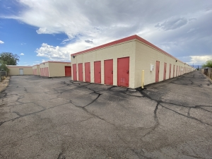 Storage King USA - 048 - Tucson, AZ - Palo Verde - Photo 4