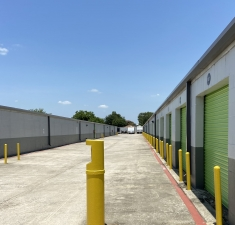 Image of Storage King USA - 064 - Pasadena, TX - Spencer Hwy Facility on 6321 Spencer Highway  in Pasadena, TX - View 2
