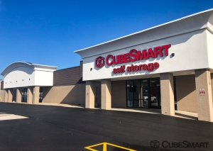 CubeSmart Self Storage -IL Rockford East State Street - Photo 1