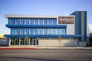 StorQuest - Chinatown/ Main - Photo 6