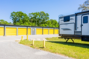 Image of Storage King USA - 065 - Pensacola, FL - Olive Rd Facility on 2640 East Olive Road  in Pensacola, FL - View 3