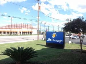 Image of Life Storage - San Antonio - 7550 Culebra Road Facility on 7550 Culebra Road  in San Antonio, TX - View 4