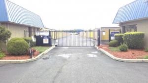 Life Storage - North Brunswick Township - 1555 Livingston Avenue - Photo 4