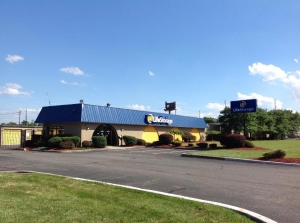Life Storage - North Brunswick Township - 1555 Livingston Avenue - Photo 5