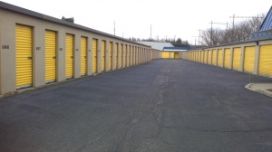 Life Storage - North Brunswick Township - 1555 Livingston Avenue - Photo 1