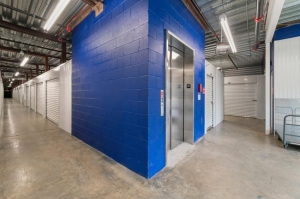 Image of Life Storage - Marietta - 1745 Roswell Road Facility on 1745 Roswell Road  in Marietta, GA - View 4