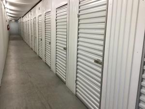 Life Storage - Louisville - 5215 Dixie Highway - Photo 4