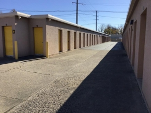 Life Storage - Louisville - 1500 Browns Lane - Photo 6