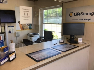 Life Storage - Louisville - 1500 Browns Lane - Photo 5