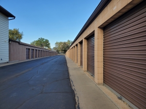 Image of Broomfield Mini Storage Facility on 11891 Teller Street  in Broomfield, CO - View 4