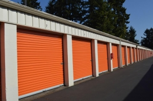 Image of Public Storage - Lake Oswego - 7095 Mc Ewan Facility on 7095 Mc Ewan  in Lake Oswego, OR - View 2