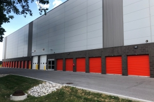 Image of Public Storage - Skokie - 5830 Howard St Facility on 5830 Howard St  in Skokie, IL - View 2