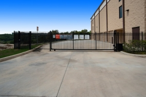 Image of Public Storage - San Antonio - 23015 N Highway 281 Facility on 23015 N Highway 281  in San Antonio, TX - View 4