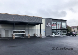 Image of CubeSmart Self Storage - RI Cranston Elmwood Ave Facility at 1500 Elmwood Avenue  Cranston, RI