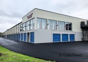 Image of CubeSmart Self Storage - RI Cranston Elmwood Ave Facility on 1500 Elmwood Avenue  in Cranston, RI - View 2