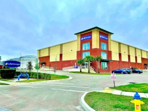 Image of Life Storage - Tampa - 102 North 20th Street Facility on 102 North 20th Street  in Tampa, FL - View 2