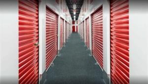 Storage Rentals of America - Northborough - SW Cutoff - Photo 3