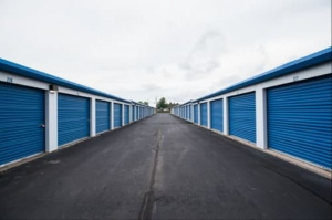Storage Rentals of America - Bloomfield - Old Windsor Rd - Photo 3