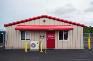 Storage Rentals of America - Bloomfield - Old Windsor Rd - Photo 4