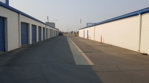 067 - Storage King USA - Fresno - Weber Ave - Photo 2