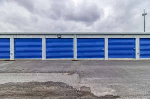Image of SafeNest Storage - Metrolina Facility on 7000 Statesville Road  in Charlotte, NC - View 2