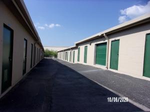 Image of Lockaway Storage - Weidner Facility on 10835 Interstate 35 Frontage Road  in San Antonio, TX - View 3