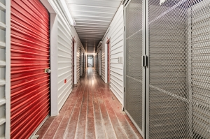 SpareBox Storage – Amarillo – Britain and Virginia - Photo 6