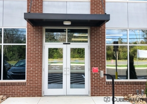 Image of CubeSmart Self Storage - TN Brentwood - Wilson Pike Circle Facility on 263 Wilson Pike Circle  in Brentwood, TN - View 3