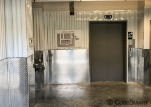 Image of CubeSmart Self Storage - TN Brentwood - Wilson Pike Circle Facility on 263 Wilson Pike Circle  in Brentwood, TN - View 4
