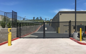 SecureSpace Self Storage Spring Valley - Photo 4