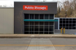Image of Public Storage - Pittsburgh - 512 Castle Shannon Blvd. Facility at 512 Castle Shannon Blvd.  Pittsburgh, PA
