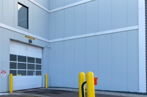 Image of Public Storage - Maplewood - 1315 Cope Ave E Facility on 1315 Cope Ave E  in Maplewood, MN - View 3