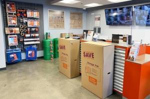 Public Storage - Arlington Heights - 1430 E Davis St - Photo 3