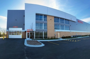 Image of Public Storage - Willowbrook - 7830 Kingery Hwy Facility at 7830 Kingery Hwy  Willowbrook, IL