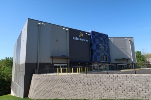 Image of Life Storage - Alexandria - 5765 General Washington Drive Facility on 5765 General Washington Drive  in Alexandria, VA - View 4