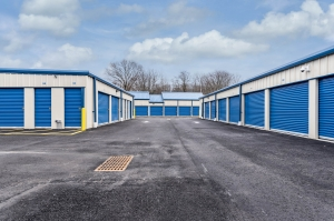 Image of Snapbox Storage Hamilton Facility on 1722 Whitehorse Mercerville Road  in Trenton, NJ - View 3