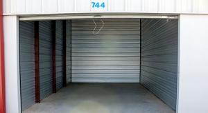 Snapbox Storage Parkway - Photo 4