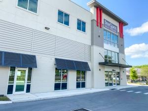 Image of StorQuest - Tarpon Springs / US Hwy Facility on 39016 US Highway 19 North  in Tarpon Springs, FL - View 4